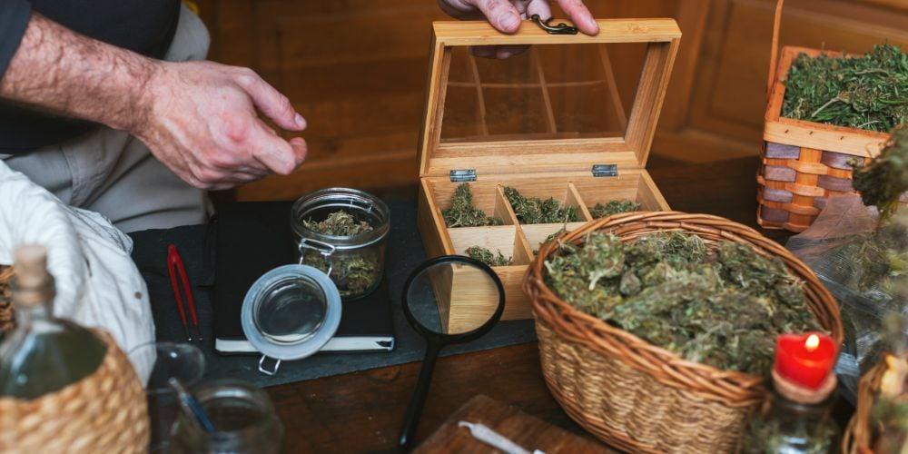 buy marijuana during COVID-19