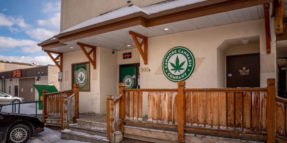 iStock 1217020182 - The States With The Most Marijuana Dispensaries Per Capita